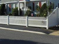 Tapered Vinyl Fence
